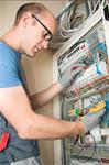 Bespaar geld op Elektricien kosten
