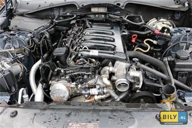Grote foto bily enter bmw e60 530d sedan 2004 in onderdelen auto onderdelen motor en toebehoren