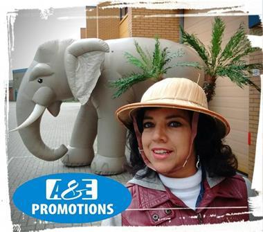 Grote foto oerwoud figuren verhuur reuze olifant brabant diensten en vakmensen marketing en reclame