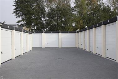 Garage Huren Apeldoorn : Te huur bedrijfsruimte apeldoorn fluitersweg apeldoorn kopen