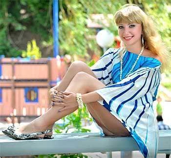 Grote foto maak kennis en ontmoet russische dames contacten en berichten websites en sms