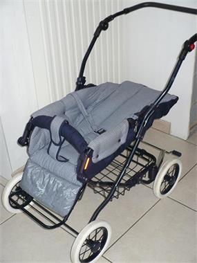 Grote foto kinderwagen wieg en buggy in zeer goede staat kinderen en baby kinderwagens
