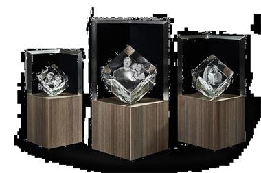 3d Glazen Kubus.3d Foto In Glas Model Kubus
