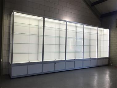 Glazen Vitrinekasten Te Koop Tweedehands.Vitrine Van Glas Winkelvitrine Glazen Vitrine Kopen Vitrinekasten