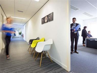 Grote foto te huur kantoorruimte sittard dr. nolenslaan 157 huizen en kamers bedrijfspanden