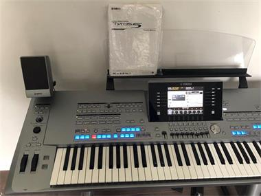 Grote foto yamaha tyros 5 tyros 4 yamaha motiv xs8 muziek en instrumenten piano en vleugels