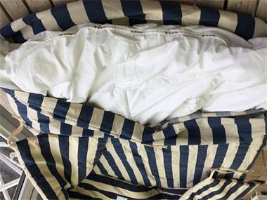 Grote foto dekbed donsdeken en bijpassende bed omranding kinderen en baby dekens en slaapzakjes