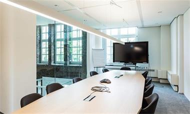 Grote foto te huur kantoorruimte heerlen burgemeester de hesselleplein huizen en kamers bedrijfspanden