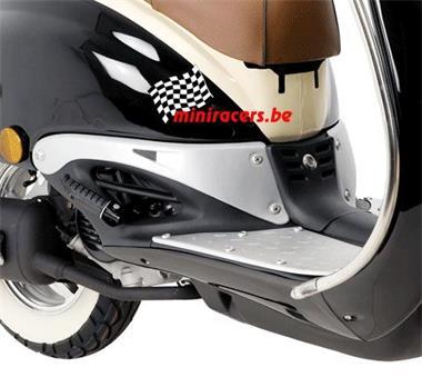 Grote foto scooter agm retro pimpstyle 125cc euro 4 fietsen en brommers scooters