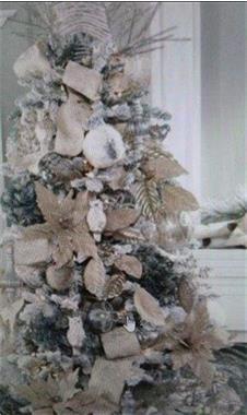Grote foto huur feestelijke kerstbomen met versiering diensten en vakmensen feesten