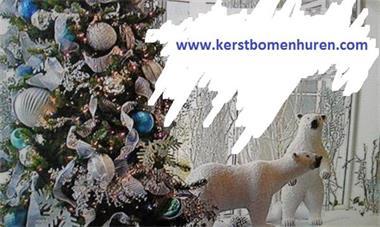 Grote foto versierde kerstboom huren bij u geleverd nordman diensten en vakmensen kerst