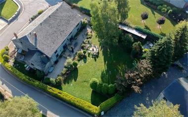 Grote foto gezellige groepshuis nabij la roche voor 24p vakantie belgi
