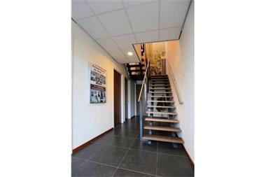 Grote foto te huur bedrijfsruimte zwijndrecht ohmstraat 40 huizen en kamers bedrijfspanden