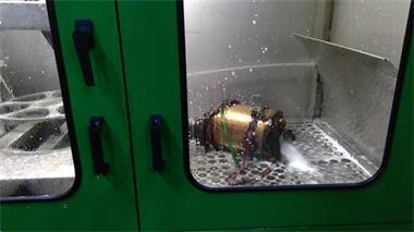 Grote foto roetfilter reiniging katalysator reinigen spoelen flushen diensten en vakmensen verhuur auto en motor