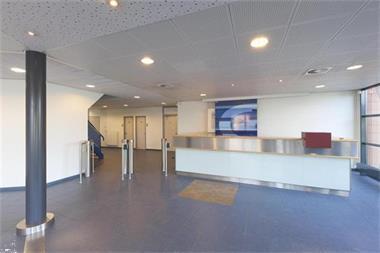 Grote foto te huur kantoorruimte tauber 52 100 den haag huizen en kamers bedrijfspanden