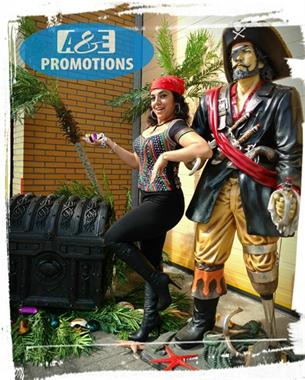 Grote foto pirate beach items verhuur schatkist groot gent diensten en vakmensen marketing en reclame
