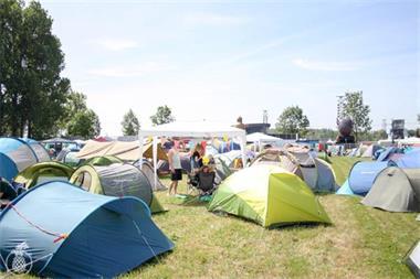 Grote foto camping graspop caravans en kamperen campings