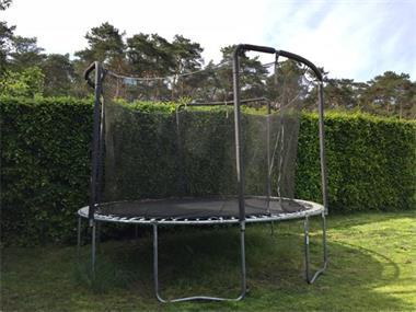 Grote foto grote trampoline in zeer goede staat kinderen en baby trampolines en springkussens