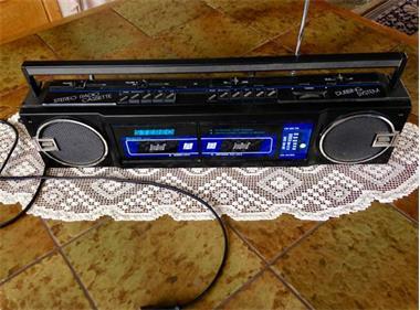 Grote foto stereo radio cassette dubbing systeem.tokyo hobby en vrije tijd muziekinstrumenten
