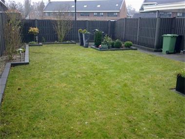 Kwaliteit tuinschermen van massief composiet kopen hekken en schuttingen - Massief idee van tuin ...