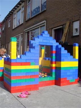 Grote foto t.h.combi klein springkussen 400 bouwblokken diensten en vakmensen feesten