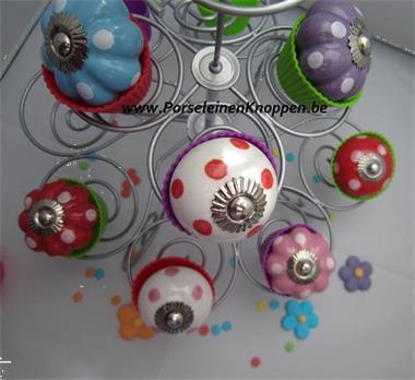 Grote foto origineel voor het kraamcadeau trendy kastknoppen kinderen en baby kraamcadeaus en geboorteborden