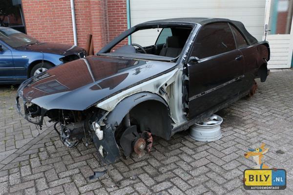 Grote foto bily in enter bmw e46 318 cabrio 2004 auto onderdelen motor en toebehoren