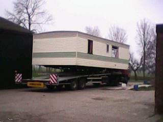 Grote foto stacaravantransport caravans en kamperen stacaravans
