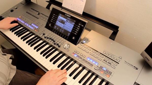Grote foto yamaha tyros 5 tyros 4 roland fantom x6 muziek en instrumenten keyboards