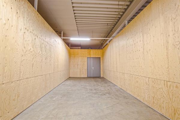 Grote foto te huur bedrijfsruimte rotterdam brugwachter 3 5 huizen en kamers bedrijfspanden