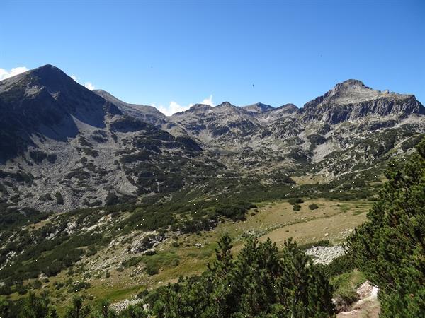Grote foto struma dolinata kamer met panoramisch bergzicht vakantie europa oost