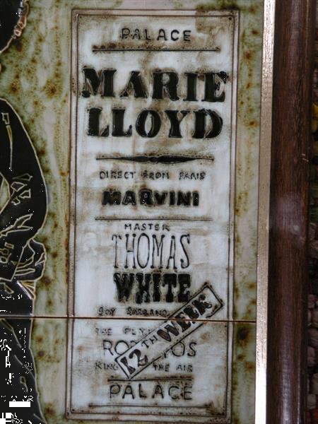 Grote foto tegeltableau chorus girl marie lloyd. antiek en kunst wandborden en tegels