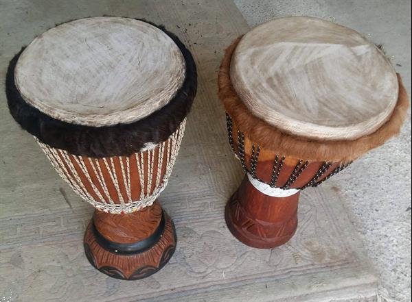 Grote foto djembe reparatie huid vel en hout herstellen muziek en instrumenten djembees en slaginstrumenten