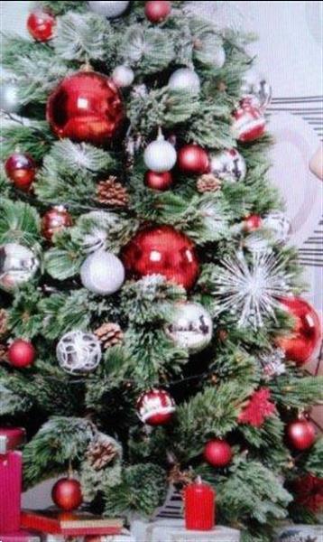 Grote foto kerstboom huren levering versierde kerstboom 30 diensten en vakmensen feesten