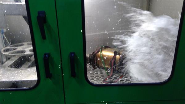Grote foto vrachtwagen tractor roetfilter reinigen katalysator spoelen diensten en vakmensen verhuur auto en motor