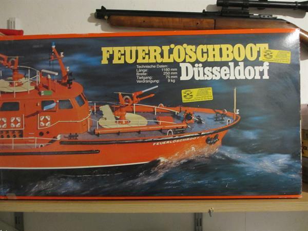 Grote foto bouwpakket feuerloschboot dusseldorf 1 25 hobby en vrije tijd boten en schepen