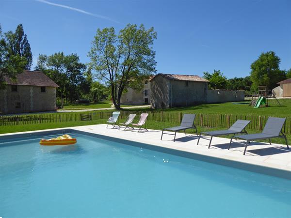 Grote foto vakantiewoningen met verwarmd zwembad frankrijk vakantie frankrijk