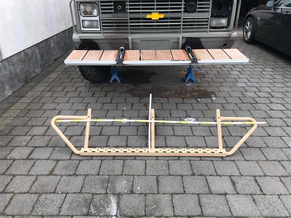 Grote foto side steps treeplanken auto onderdelen autosport onderdelen