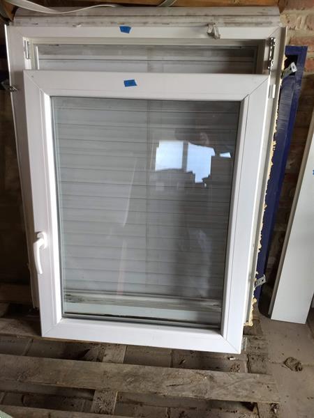 Grote foto venster wit met rolluik 3 stuks doe het zelf en verbouw glas en ramen