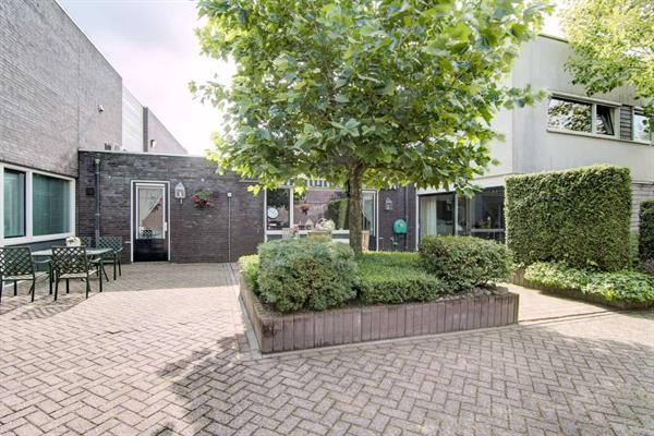 Grote foto hof bruheze 402 in helmond bedrijfsruimte verkocht onder v huizen en kamers bedrijfspanden