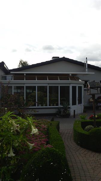 Grote foto zonnescherm tuin en terras zonneschermen