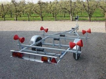 Grote foto boottrailer i trailer tth002 kantel watersport en boten boottrailers