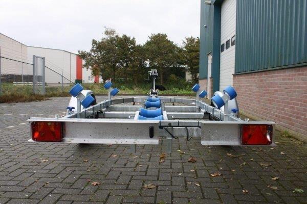 Grote foto itrailer tth 1050 watersport en boten boottrailers