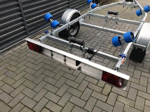 Grote foto boottrailer i trailer tth003 kantel watersport en boten boottrailers
