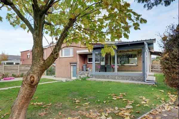 Grote foto woning in centrum retie belgi rustige omgeving huizen en kamers vrijstaand