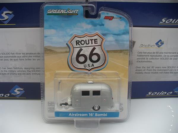 Grote foto greenlight 1 64 airstream caravan zilver hobby en vrije tijd overige schalen