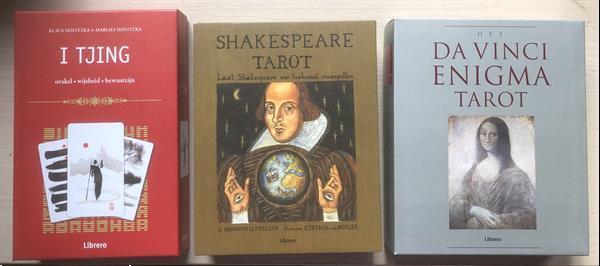 Grote foto 3 verschillende lux box tarot waarzeggers kaarten paranormaal tarot