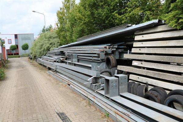 Grote foto staalconstructie 20x60m zakelijke goederen bedrijfs onroerend goed