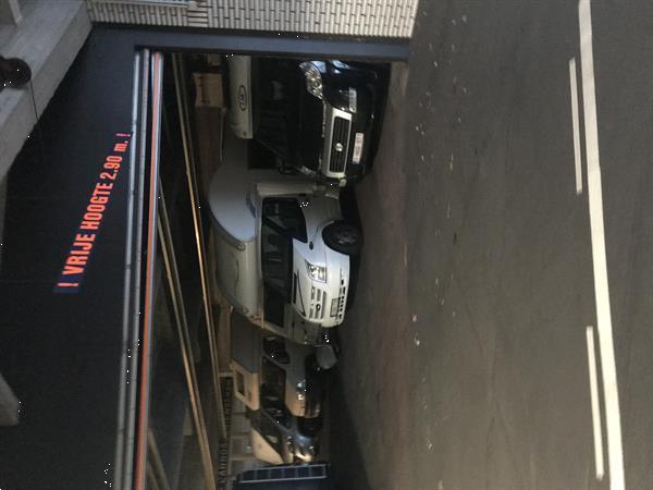Grote foto autostaanplaatsen te borgerhout antwerpen bedrijfspanden garageboxen te huur