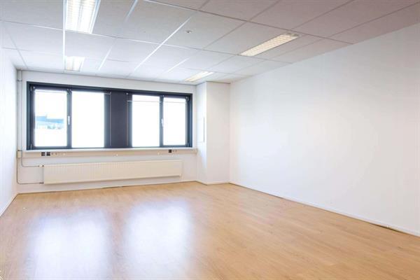 Grote foto te huur kantoorruimte kleveringweg 13 39 delft huizen en kamers bedrijfspanden